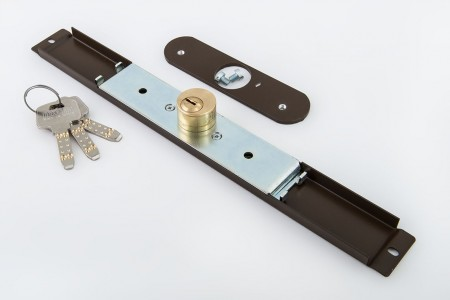 Zamek baskwilowy 3 klucze z płytką ORZECH - MCM