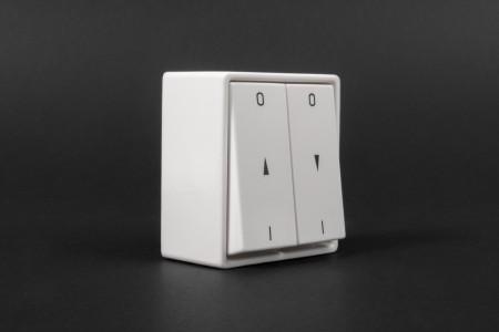 Latching button switch, wall mounted