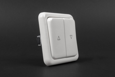 Выключатель клавишный для внутренней проводки, без фиксации