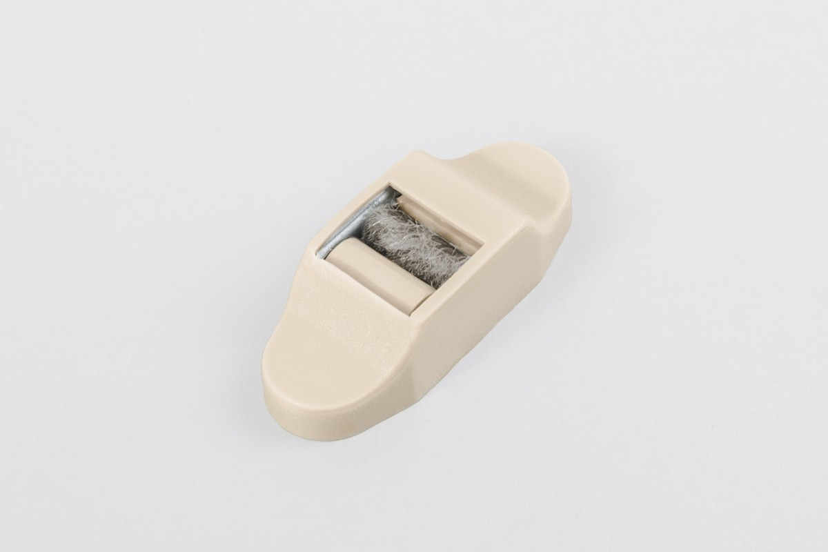 Prowadnica taśmy 14 mm stalowa ze szczotką i maskownicą, beż