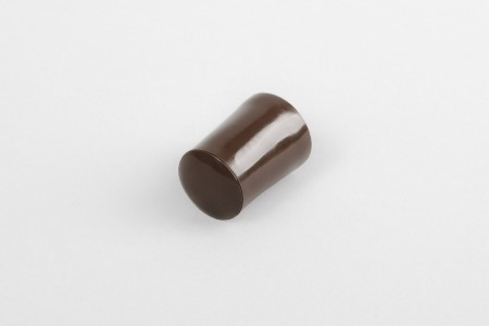 28 mm stopper with hole plug, light brown
