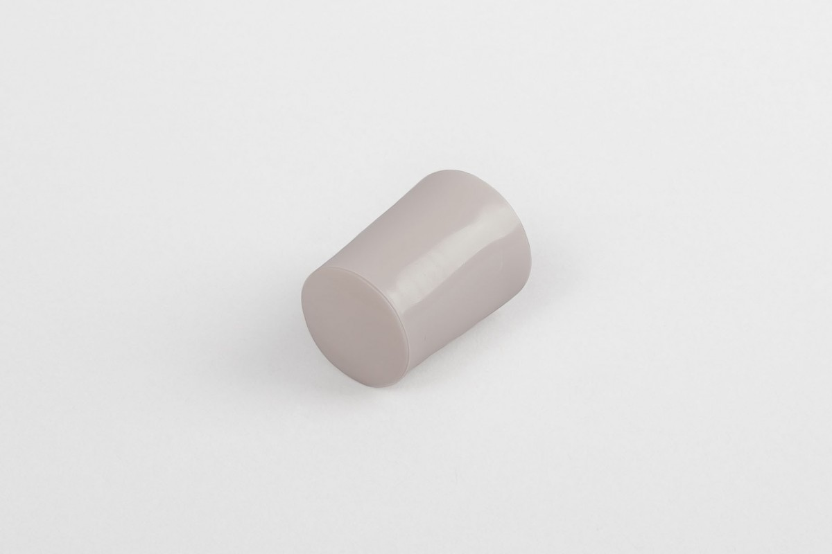 28 mm stopper with hole plug, dark beige