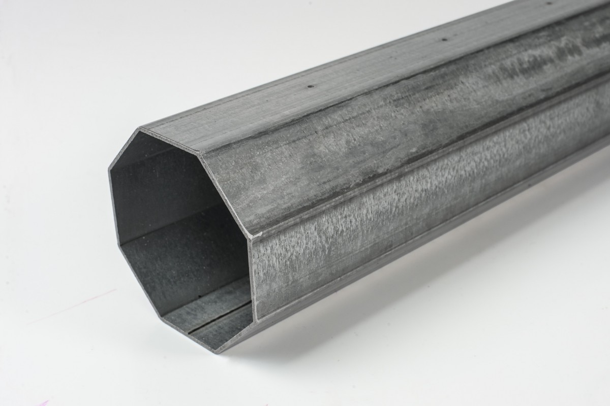 Steel octagonal Ø102 x 2.0 mm tube (7 m)