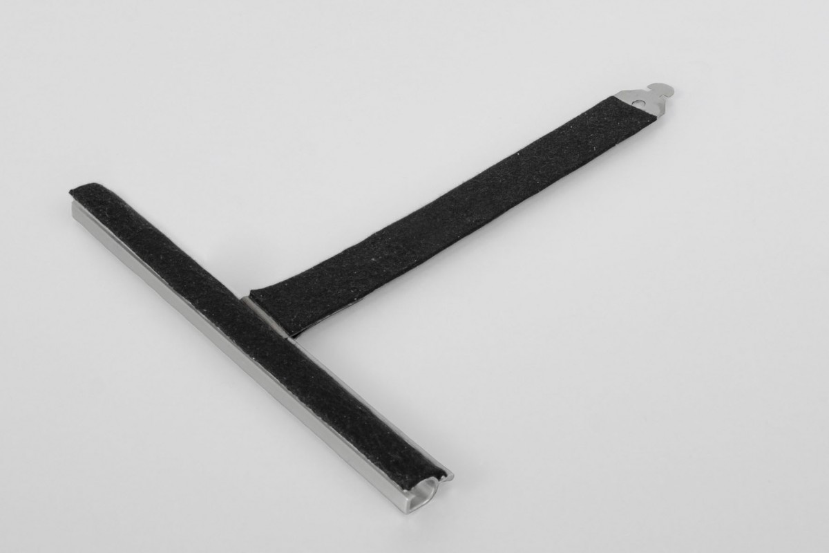 Felt coated retainer spring, ALU150 mortise, without cut, L150 mm, for 37-52 profiles