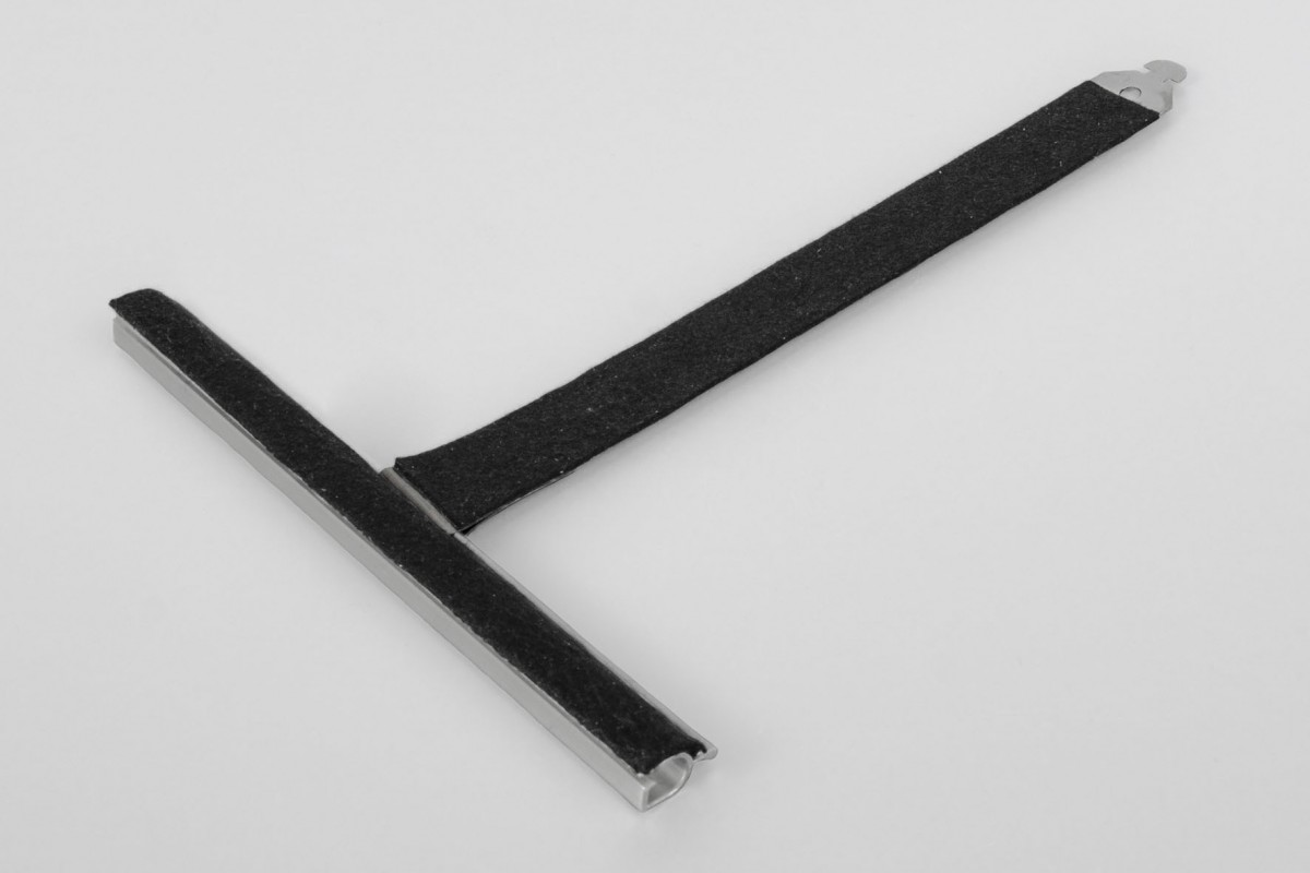 Felt coated retainer spring, ALU150 mortise, without cut, L190 mm, for 55-77 profiles