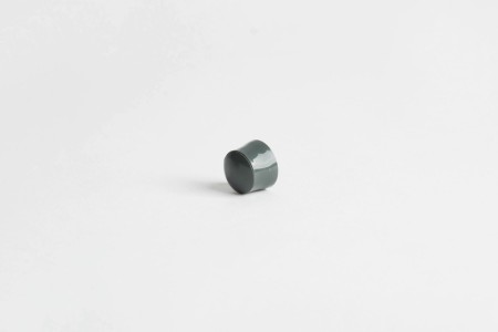 13 mm stopper with hole plug, basalt